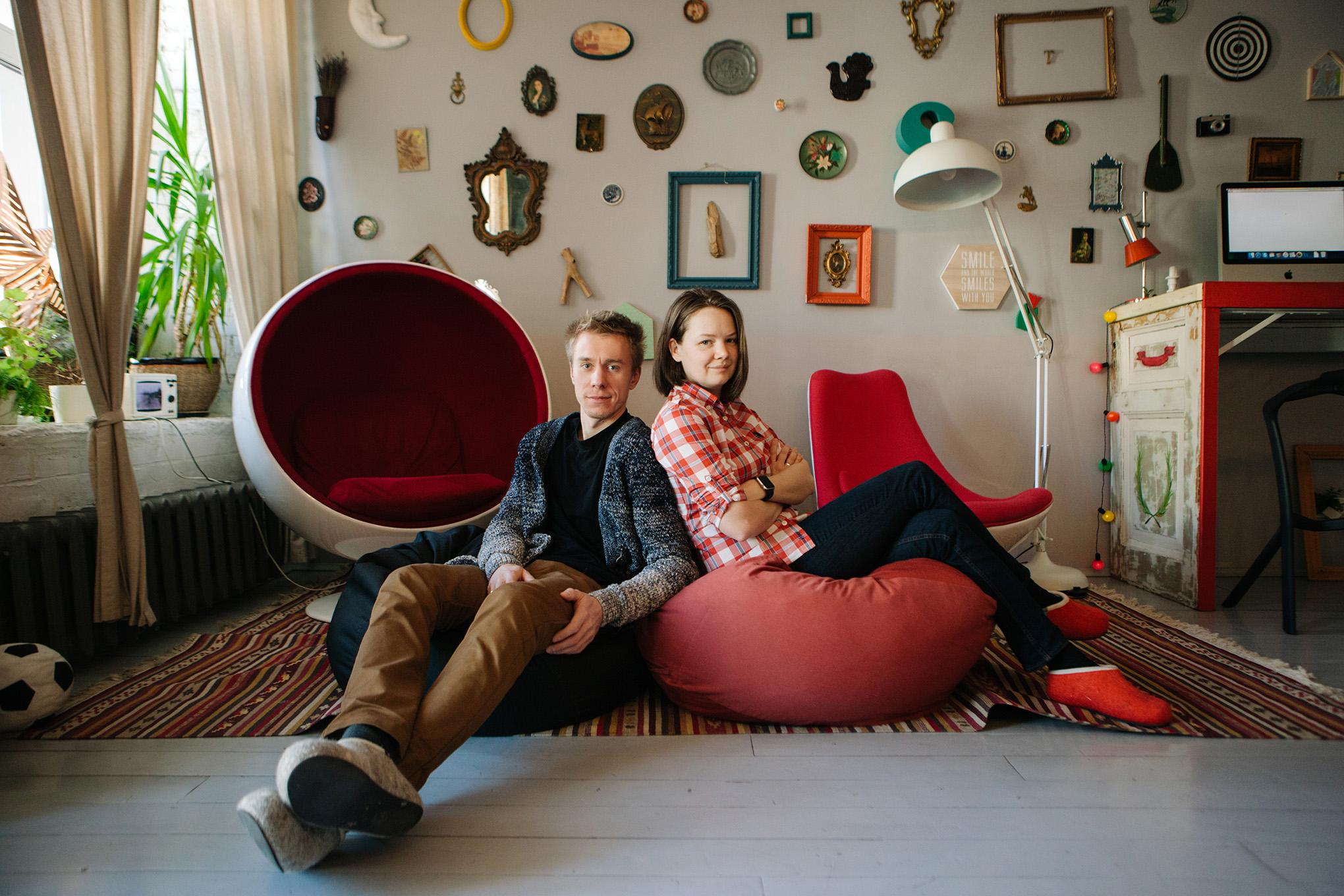 Молодая пара меняется партнёрами фото 404-896